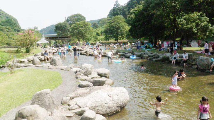 7/20~9/1のみオープン!河内河川プールで今年も水遊び
